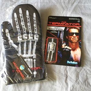 Terminator Oven Mit and Figurine NWT